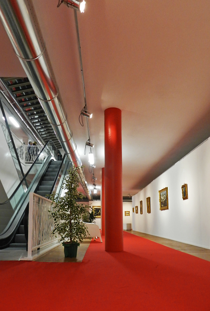 red_staircase_working spaces
