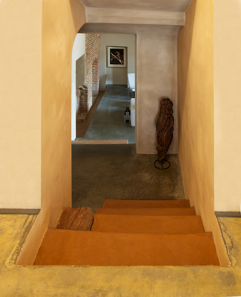 restoration_exposed brick_staircase_grey